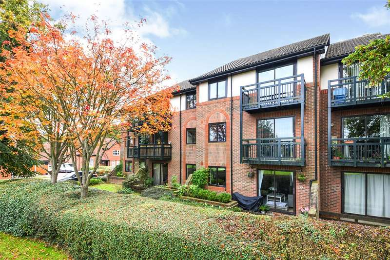 1 Bedroom Flat for sale in Bradwell Court, Bradwell Green, Brentwood, Essex