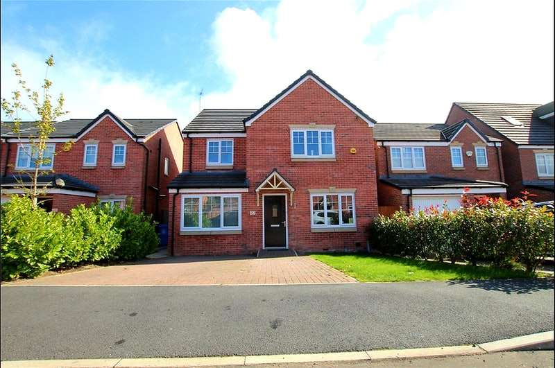 4 Bedrooms Detached House for sale in Oakley Way, Rochdale, Greater Manchester, OL12