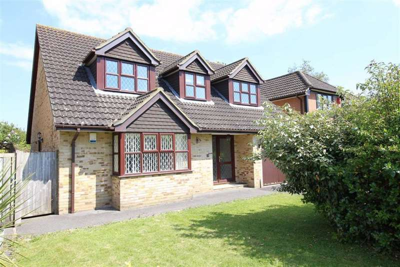 4 Bedrooms Detached Bungalow for sale in Larkshill Close, New Milton, Hampshire