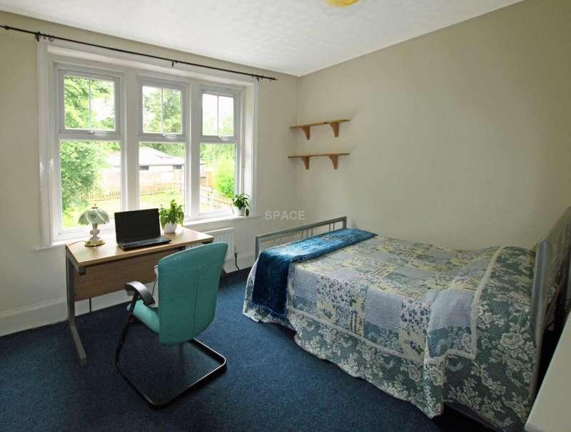 8 Bedrooms Terraced House for rent in Upper Redlands Road, University, Reading, Berkshire, RG1 5JJ