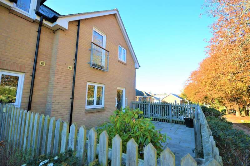 1 Bedroom Ground Flat for sale in Hope Road, Shanklin