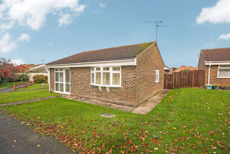 3 Bedrooms Semi Detached Bungalow for sale in Springfield, Chelmsford