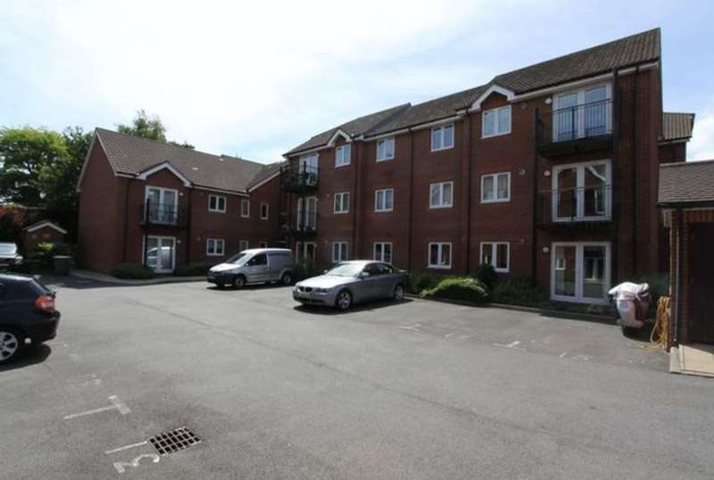 2 Bedrooms Apartment Flat for sale in Langtry Court, Providence Hill, Bursledon, Southampton