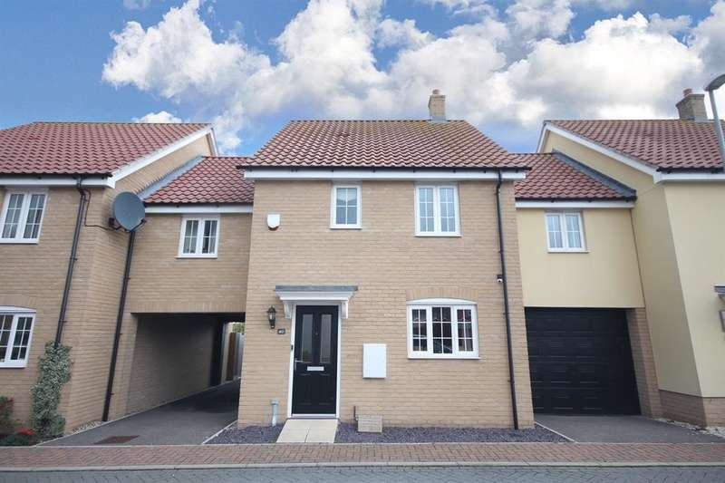 4 Bedrooms Link Detached House for sale in Cross Road, Clacton-on-Sea