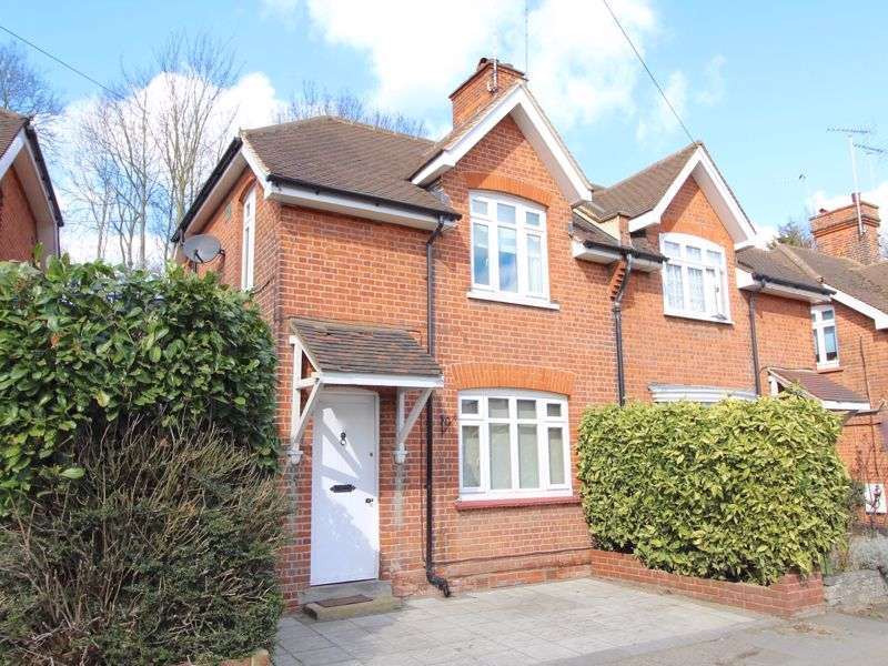 3 Bedrooms Property for rent in Rayleigh Road, Brentwood
