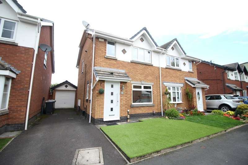 3 Bedrooms Semi Detached House for sale in Bickley Grove, Astley, M29