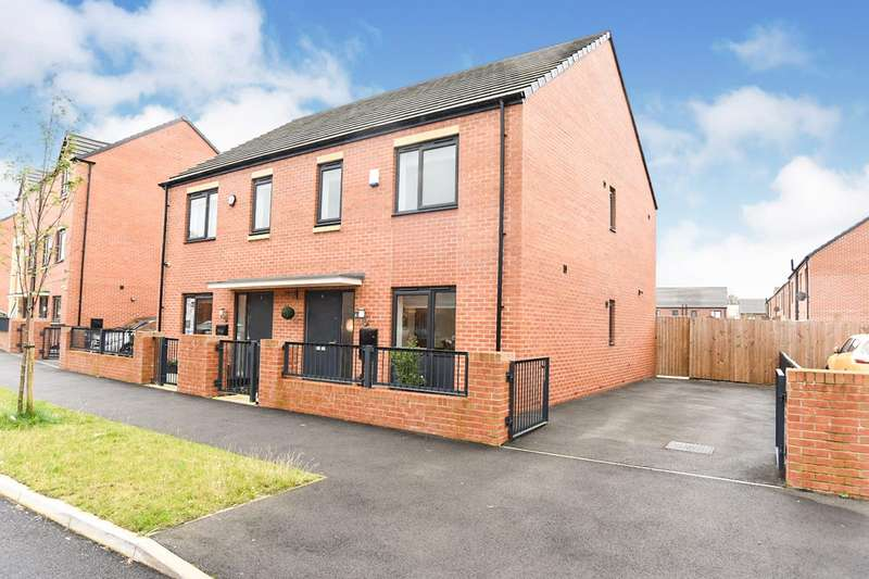 3 Bedrooms Semi Detached House for sale in Mossfield Street, Manchester, Greater Manchester, M11