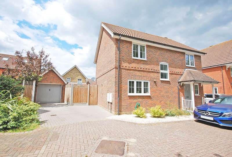 4 Bedrooms Detached House for sale in Colville Close, Great Notley, Braintree, CM77