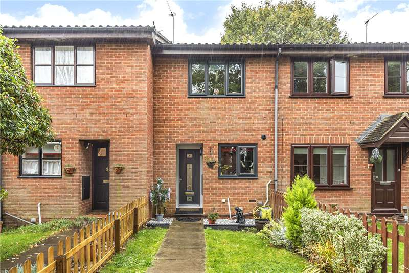 2 Bedrooms Terraced House for sale in Beaulieu Close, Watford, WD19