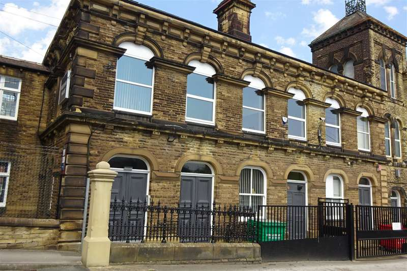 1 Bedroom Commercial Property for rent in Beckshaw House, Law Street, Cleckheaton, BD19 3QR