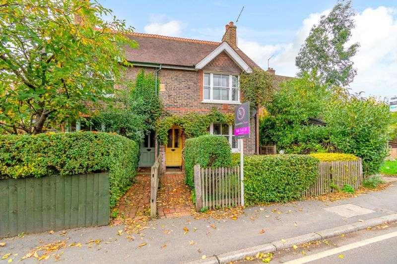 3 Bedrooms Property for sale in High Street, Edenbridge