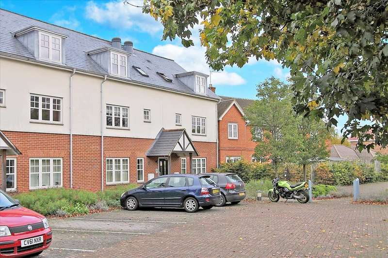 2 Bedrooms Apartment Flat for sale in Malthouse Walk, Ludgershall