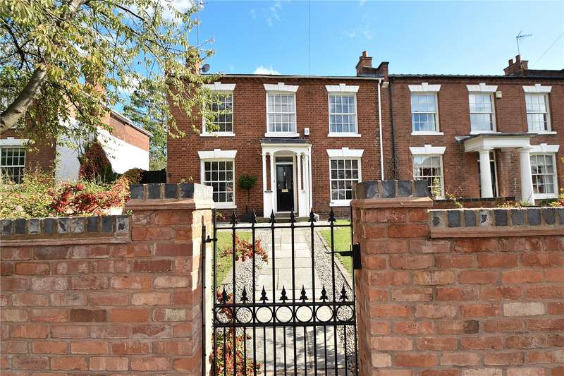 5 Bedrooms Semi Detached House for sale in Droitwich Road, Worcester