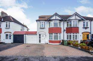 4 Bedrooms Semi Detached House for sale in Tritton Avenue, Croydon, Surrey