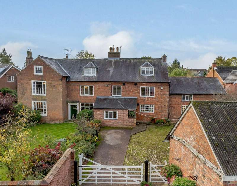 6 Bedrooms Detached House for sale in Leire, Lutterworth, Leicestershire
