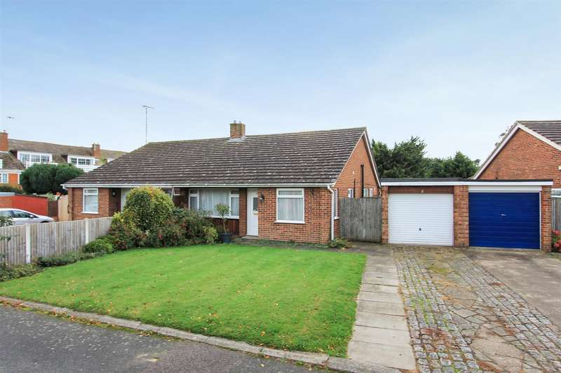 3 Bedrooms Semi Detached Bungalow for sale in Western Avenue, Bridge, Canterbury