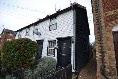 2 Bedrooms End Of Terrace House for sale in Burnham-On-Crouch, Essex, .