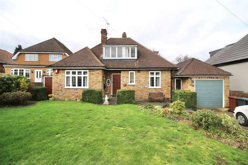 3 Bedrooms Chalet House for rent in Links Drive, Radlett