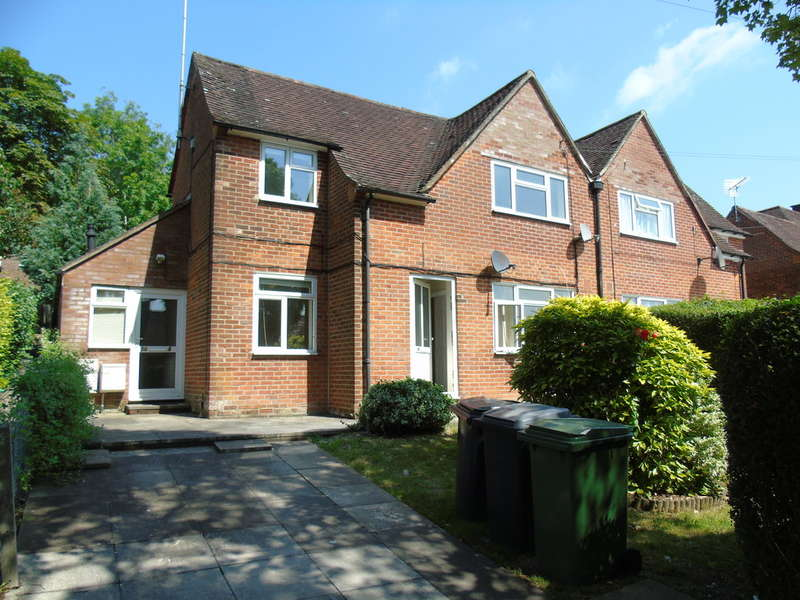 5 Bedrooms Semi Detached House for rent in Cromwell Road, Winchester