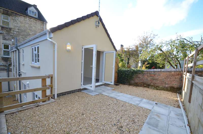 1 Bedroom Ground Flat for sale in 3 Whitehall, Stroud, GL5