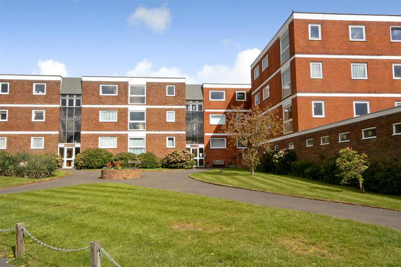 2 Bedrooms Flat for rent in St Lukes Court, Crescent Road, Burgess Hill