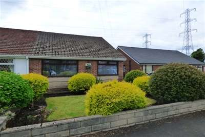 3 Bedrooms Bungalow for rent in Strangford Street, Radcliffe