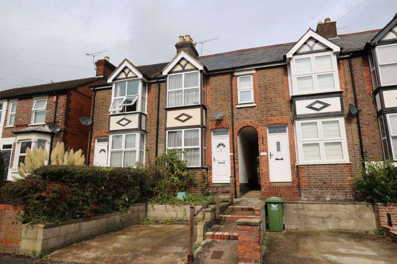 2 Bedrooms Property for sale in Gordon Road , High Wycombe