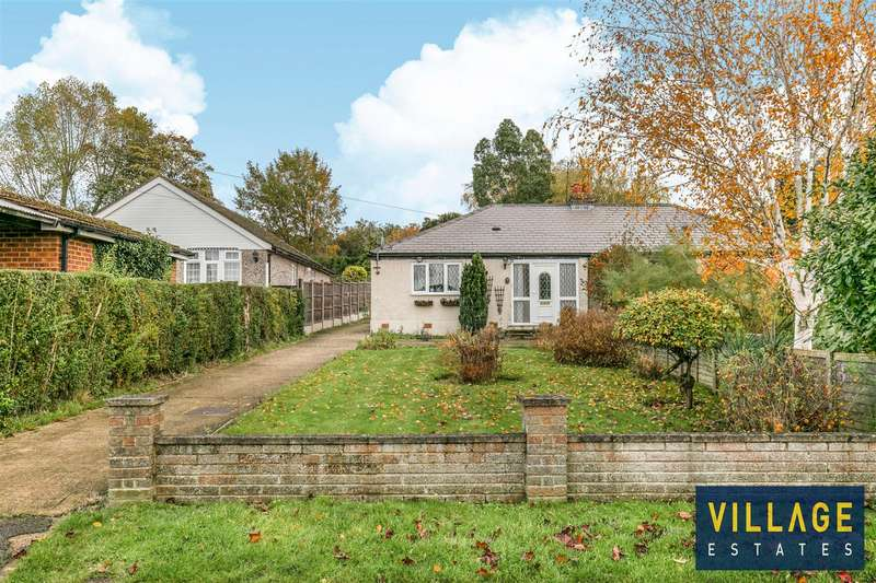 2 Bedrooms Bungalow for sale in Alexandra Road, Borehamwood
