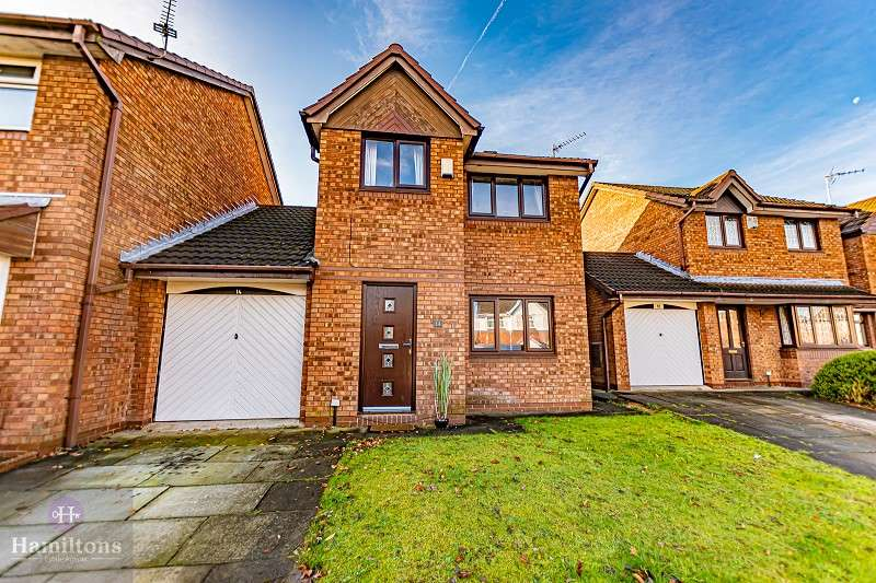 3 Bedrooms Detached House for sale in Culzean Close, Leigh, Greater Manchester. WN7 2BN