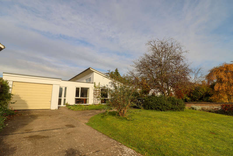 3 Bedrooms Detached Bungalow for rent in Parsonage Lane, Burwell