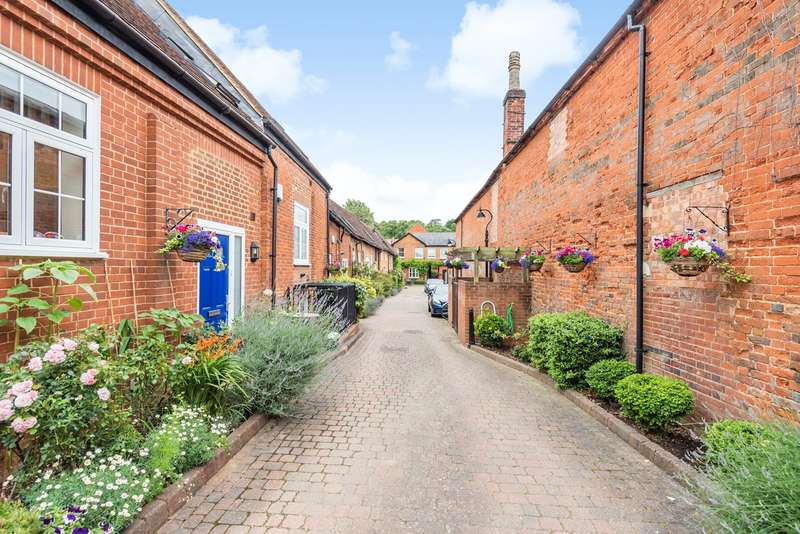 1 Bedroom Mews House for sale in Bancroft, Hitchin, SG5