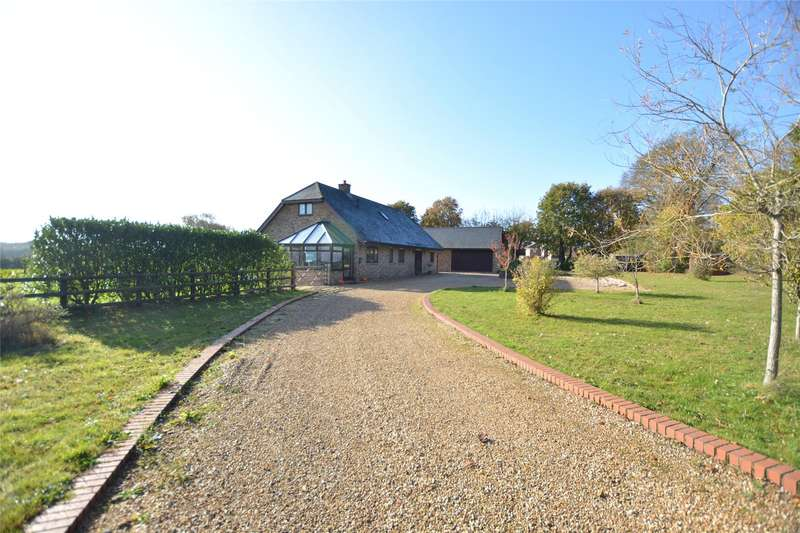 4 Bedrooms Detached House for sale in Sway Road, Pennington, Lymington, Hampshire, SO41