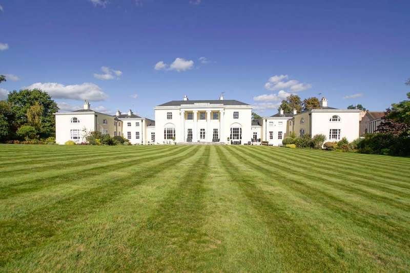 4 Bedrooms House for sale in Digswell House, Monks Rise, Welwyn Garden City