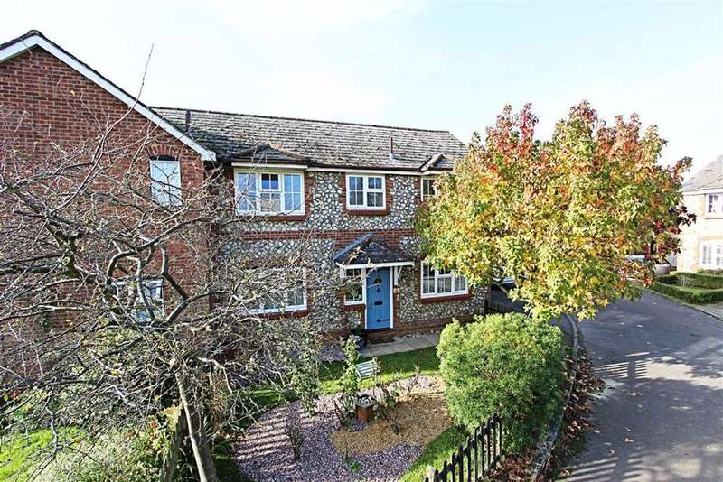 3 Bedrooms Semi Detached House for sale in Gaddesden Row, Hertfordshire