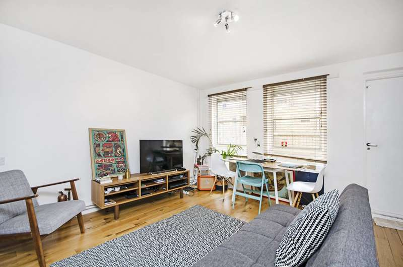 1 Bedroom Terraced House for rent in Brownlow Road, London Fields, E8