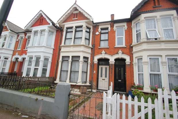 4 Bedrooms Property for sale in Wimborne Road, Southend on Sea