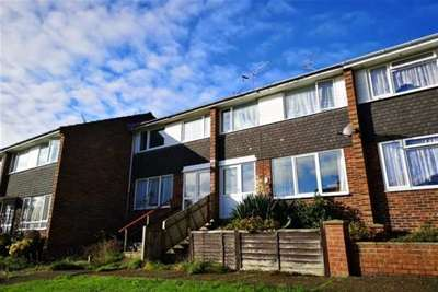 3 Bedrooms House for rent in Sandcroft Avenue, Ryde