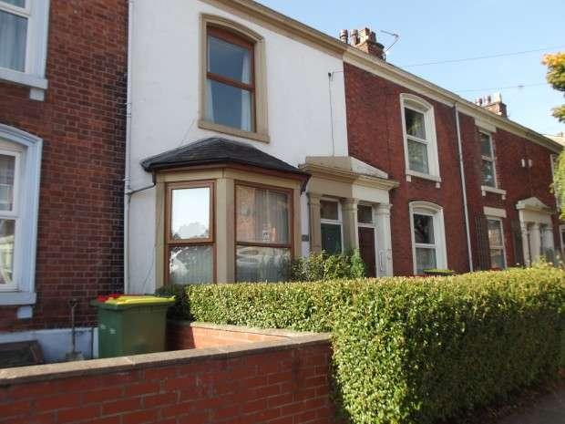 4 Bedrooms House Share for rent in Grafton Street Grafton Street, Preston, PR1