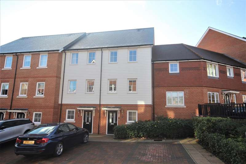 4 Bedrooms House for sale in Macmillan Road, Dunton Green, Sevenoaks
