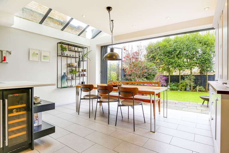 7 Bedrooms Terraced House for sale in Woodland Gardens, LONDON