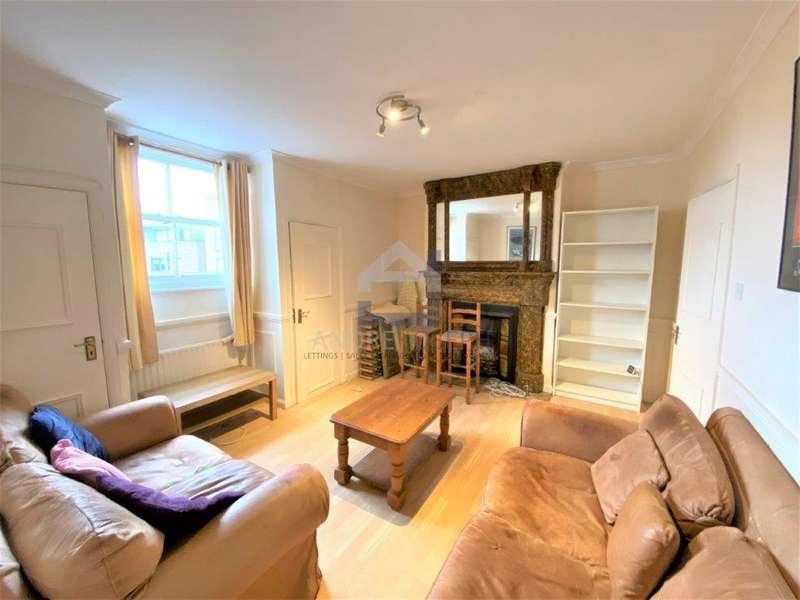 3 Bedrooms Flat for rent in Balham Hill, Balham, SW12 9DJ