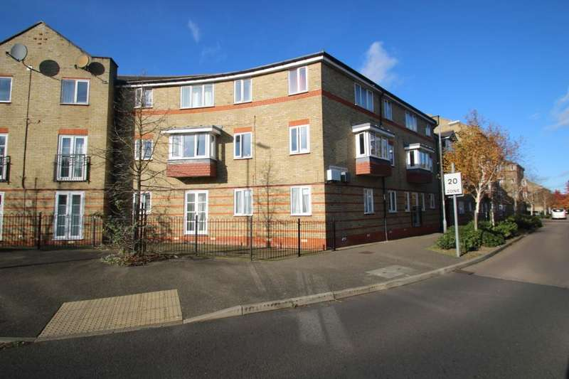2 Bedrooms Apartment Flat for sale in Parkinson Drive, Chelmsford