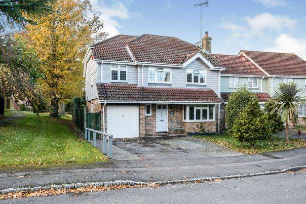 4 Bedrooms Detached House for sale in Rowlands Castle, Hampshire, .