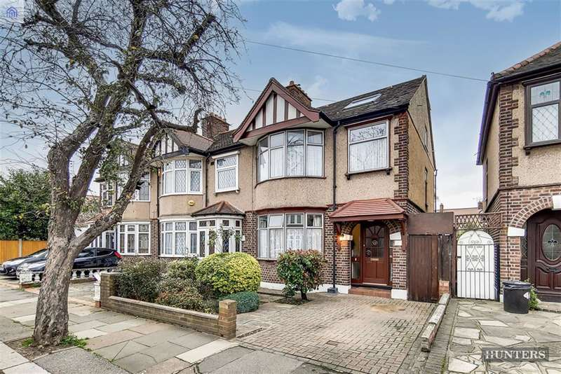 4 Bedrooms End Of Terrace House for sale in Galsworthy Avenue, Chadwell Heath, RM6