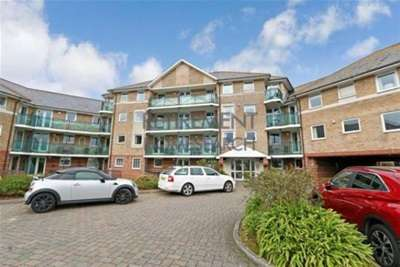 1 Bedroom Flat for rent in SWANNERY COURT - OVER 55'S ONLY