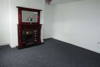 2 Bedrooms Terraced House for rent in Campbell Street, Farnworth, BL4 7NF