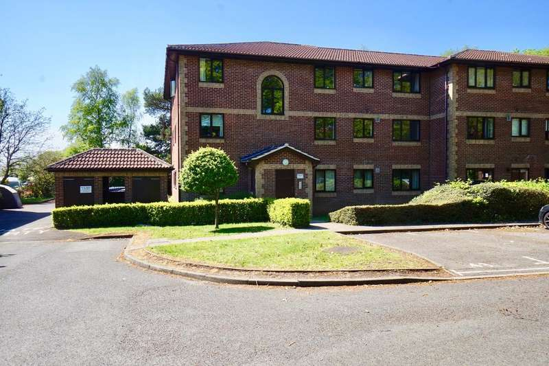 1 Bedroom Flat for rent in Barrow Down Gardens, Netley Common, Hampshire, SO19 6RP