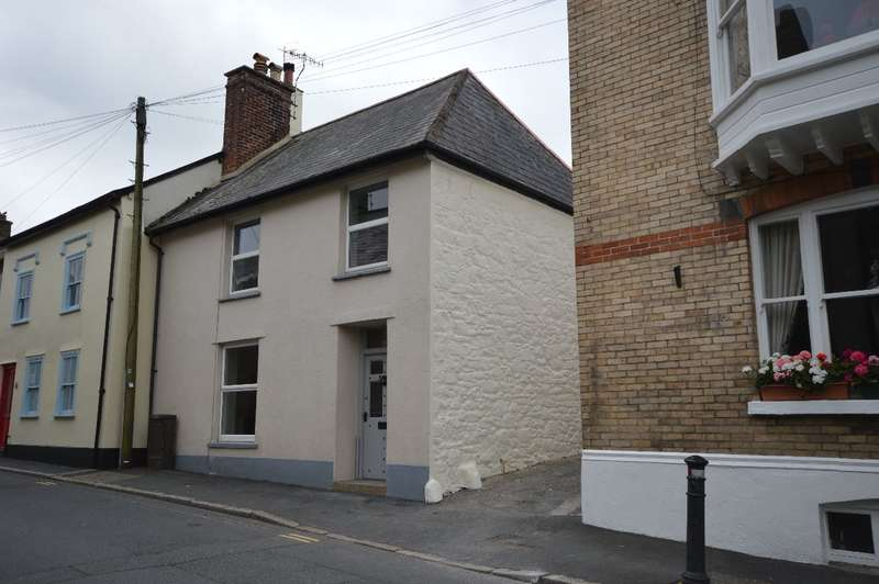 3 Bedrooms Terraced House for rent in Moretonhampstead