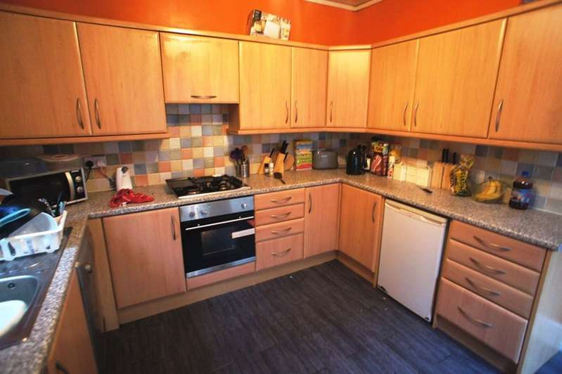6 Bedrooms Terraced House for rent in Colum Road, Cathays, Cardiff