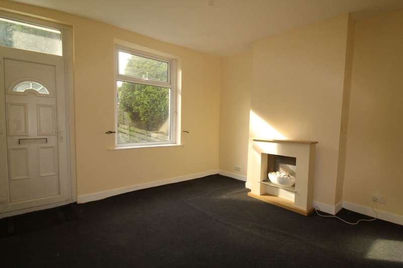 2 Bedrooms Property for rent in Railway Street, Foulridge, Colne, BB8